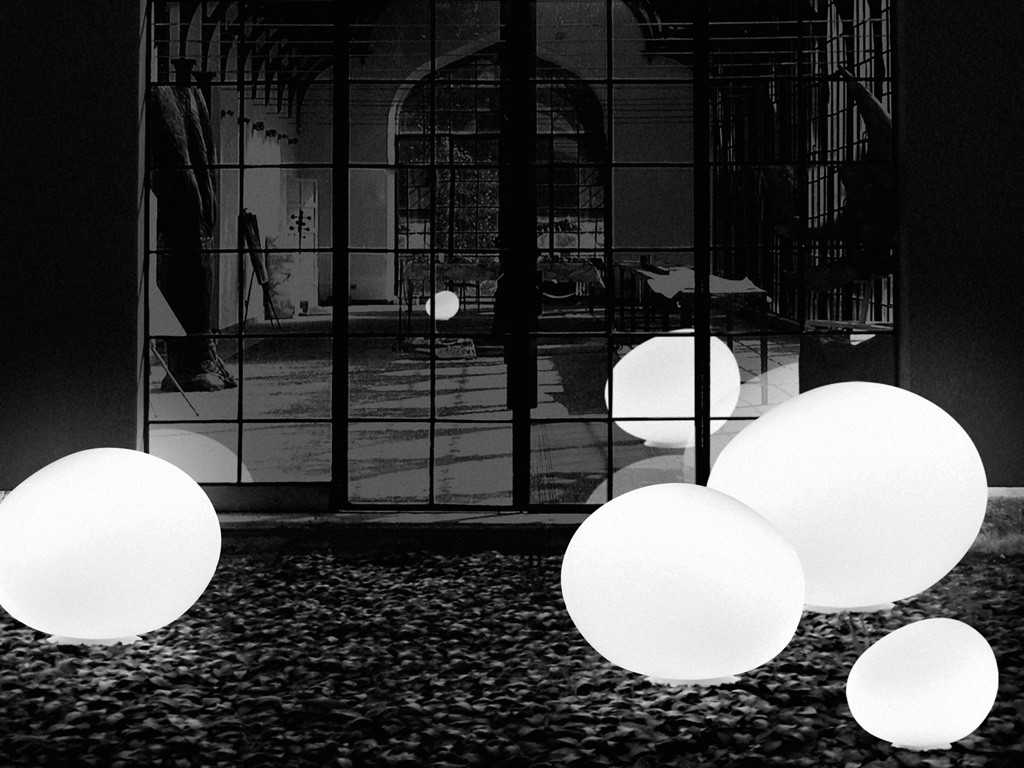 Buy the foscarini gregg outdoor large outdoor lamp at for Large floor lamp nz